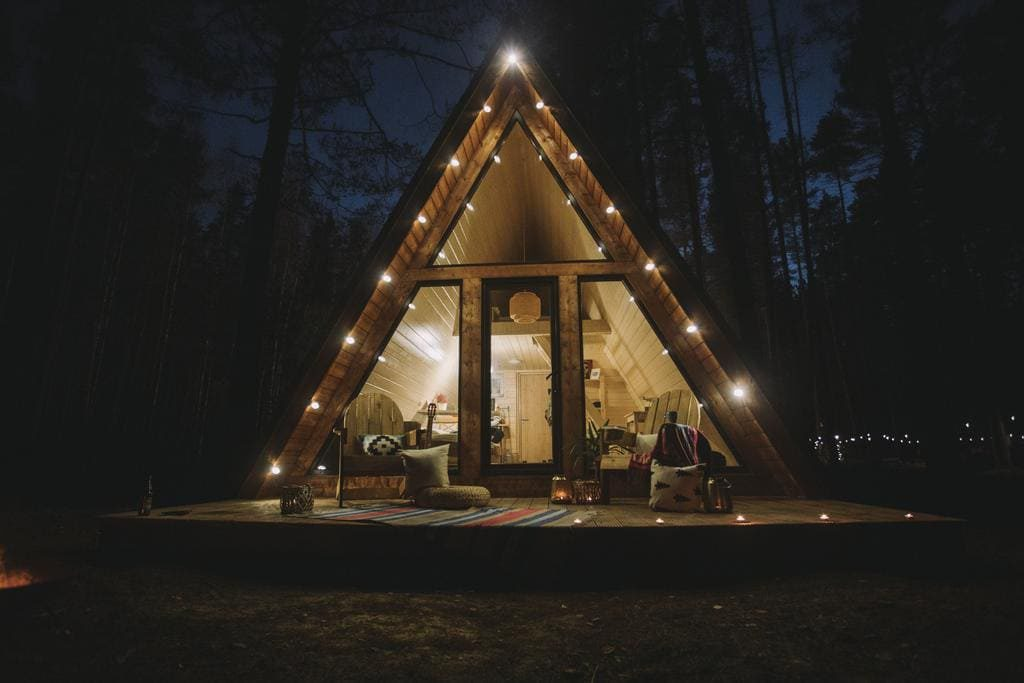 Shanti Home | 10 лучших коттеджей в Ленинградской области